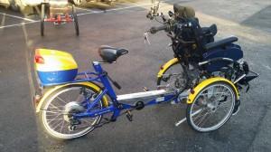 sykkel med rullestol