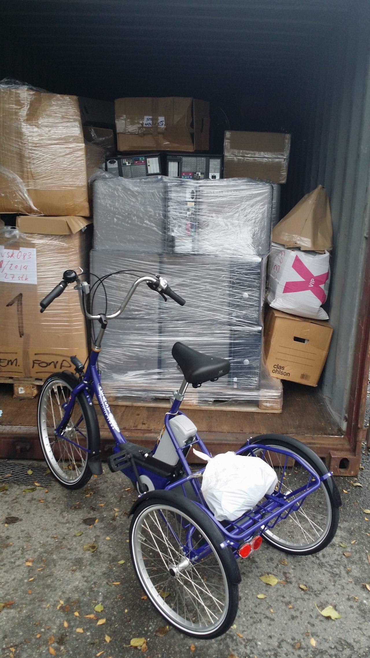 Datautstyr og spesialsykkel til container nr 79