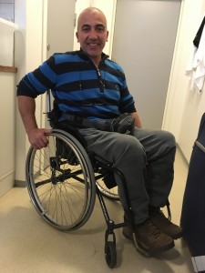 Alvaro i ny rullestol